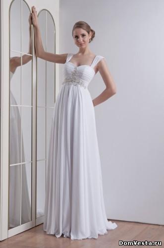 Свадебное платье из шифона, украшенное стразами. Свадебные платья для беременных