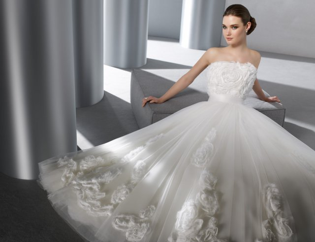 Самые модные, красивые и пышные свадебные платья