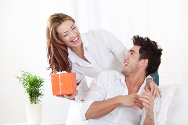Что подарить на 4 годовщину свадьбы