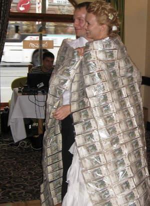 Как сделать плед из денег на свадьбу своими руками